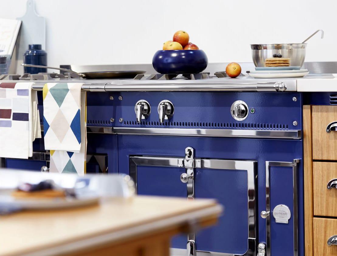 Cuisiniere A Bois La Cornue offrez-vous le légendaire fourneau la cornue - les ateliers