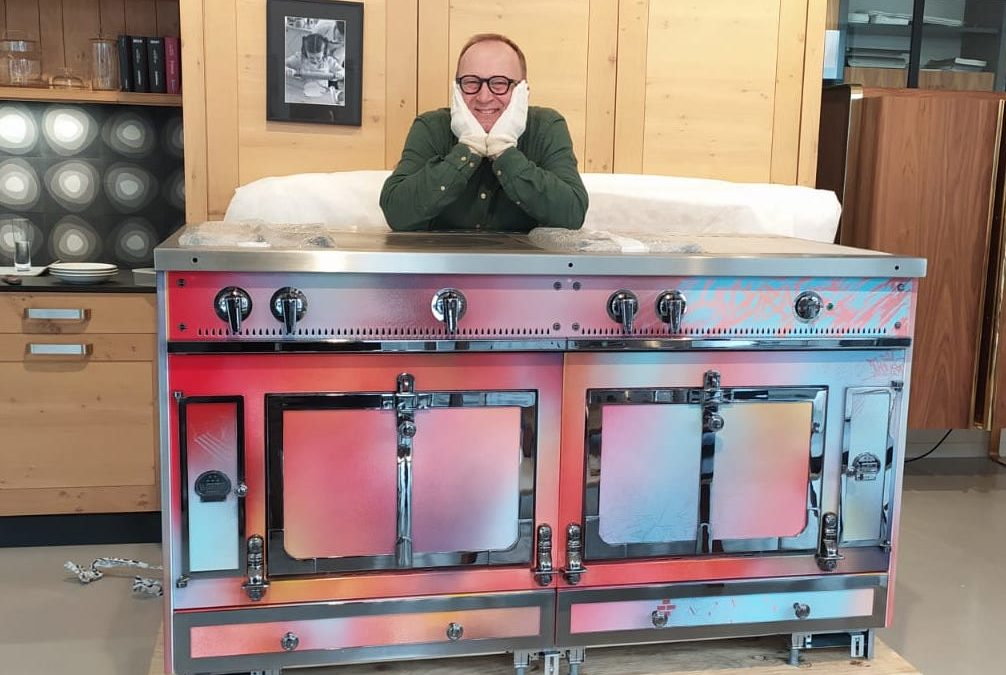 Un piano de cuisson La Cornue signé Kongo aux Ateliers Malégol